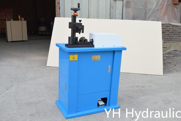 Stroj za označavanje hidraulike